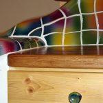 Die handgeschlagene Keramik lässt sich an fast jede Form anpassen