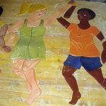 Die keramischen Kinder wirken sehr lebendig