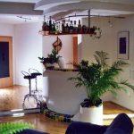 Die gemauerte Hausbar schafft ein exklusives Ambiente
