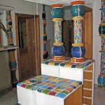 Keramische Säulen zu Verzierung eines Schranks